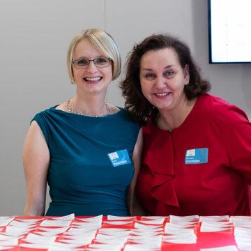Anita Peherstorfer und Manuela Kitzmüller am Industrie Informatik Innovationstag